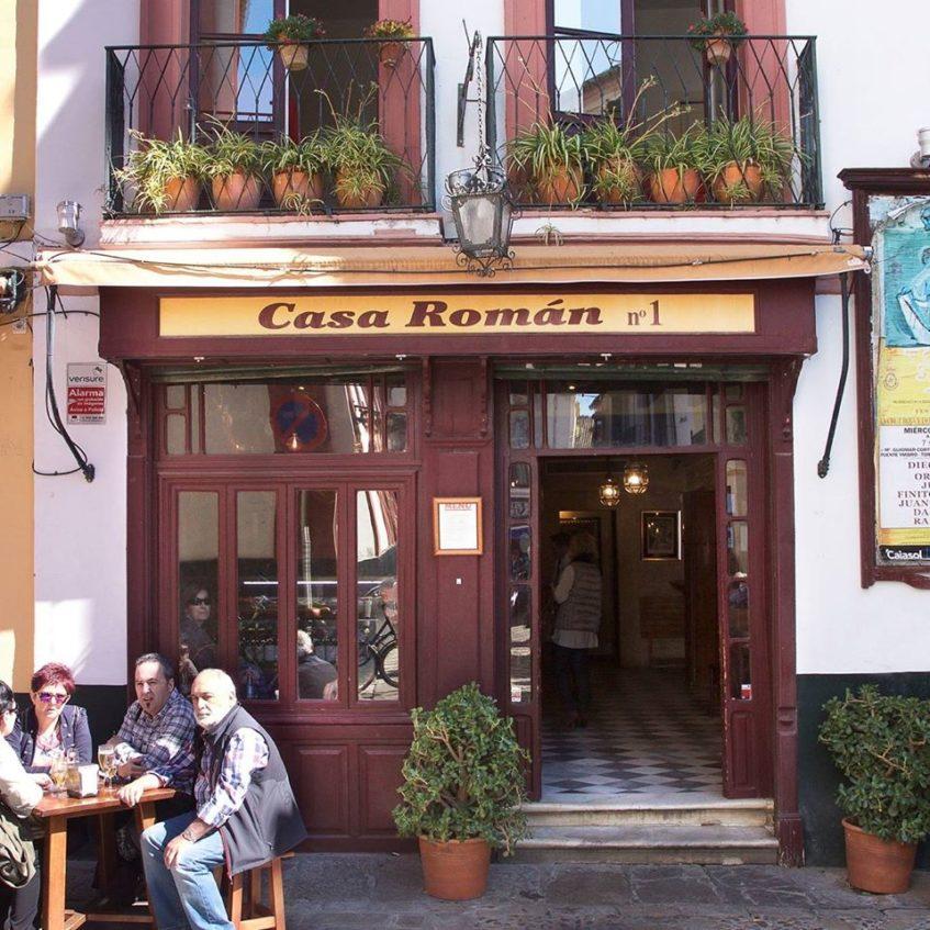 El producto estrella de la pintoresca Casa Román es su jamón. Foto cedida por el establecimiento.