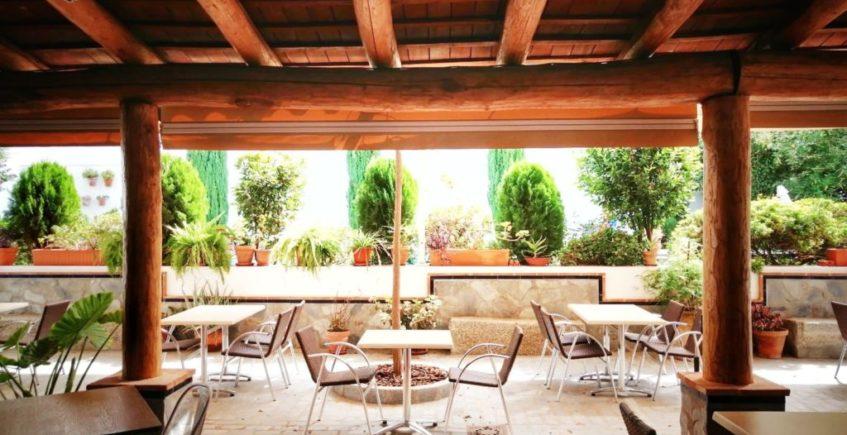 Hotel Restaurante Entreolivos