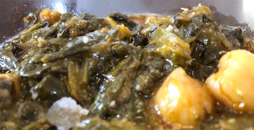 Las espinacas con garbanzos y huevo de Besana Tapas