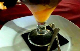 La espuma de chocolate caliente de El Duende Tapas y Vinos