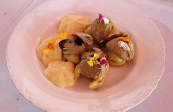 Tortellini de garbanzos de Fuentes de Andalucía rellenos de pato pekinés