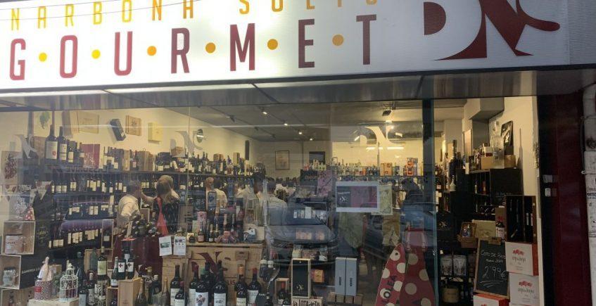 Cata de Vinos Blancos en la tienda de DNS Gourmet Sevilla
