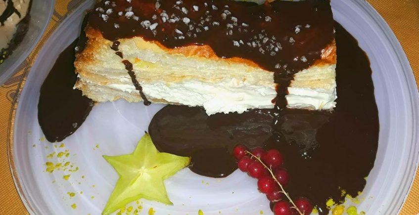 El milhojas de chocolate del restaurante La Resolana