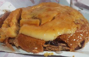 La ensaimada de chocolate y yema tostada de la pastelería Segovia