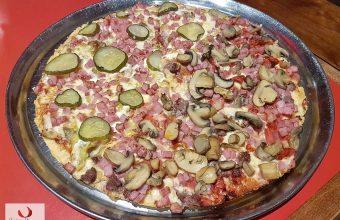 La pizza Las Tres de Sloopy Joes