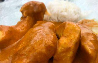 El pollo tikka masala mde Talhara Bar