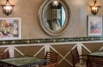 Los champiñones rellenos del Café Bar Azahar