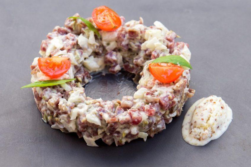 Tartar de salchichón ibérico. Foto: Cosas de Comé