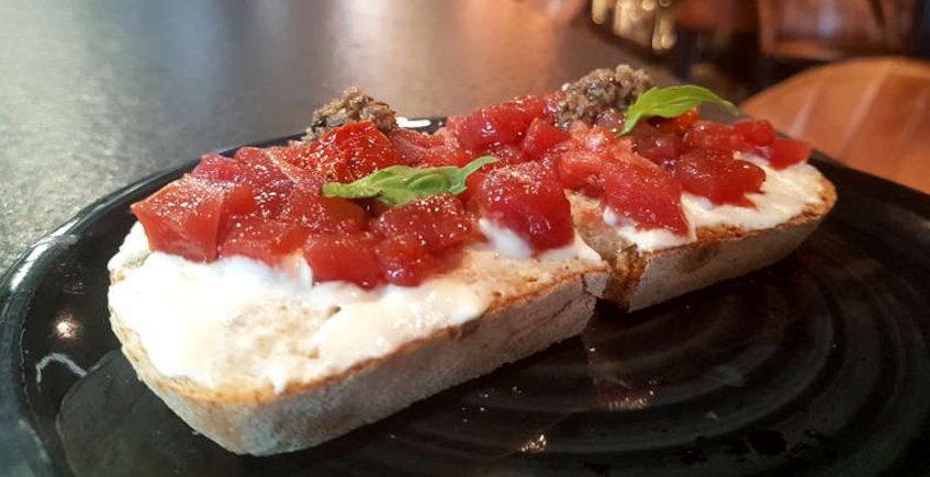 La tosta de atún rojo de El Traga Aljarafe