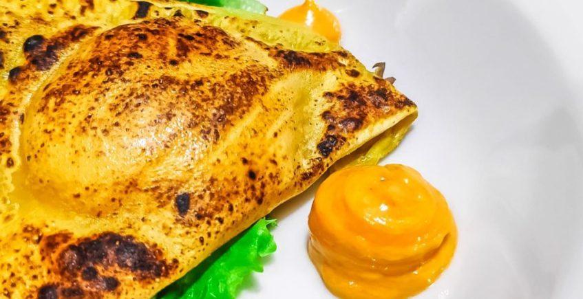 Empanadillas de huevo y chistorra