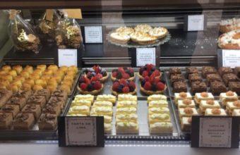 El surtido de mini-pasteles de La Crema