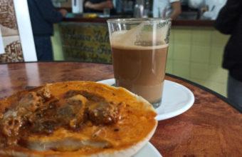 La tosta de manteca colorá del Bar Estanco