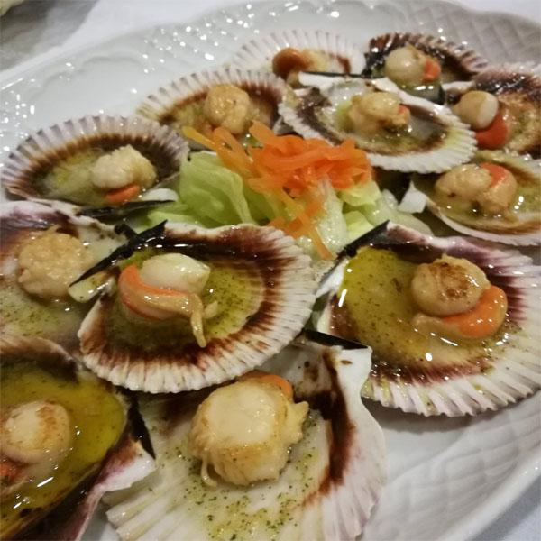 Las zamburiñas de Lar Gallego Restaurante fotografiadas por el tapatólogo José Luis Suárez.