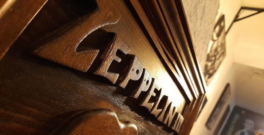 Zeppelin Bar