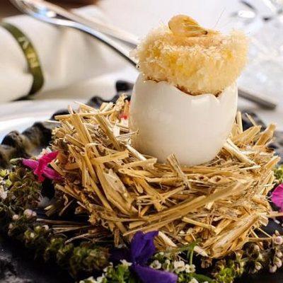 Huevo con camarones de Isla Mayor y pimientos
