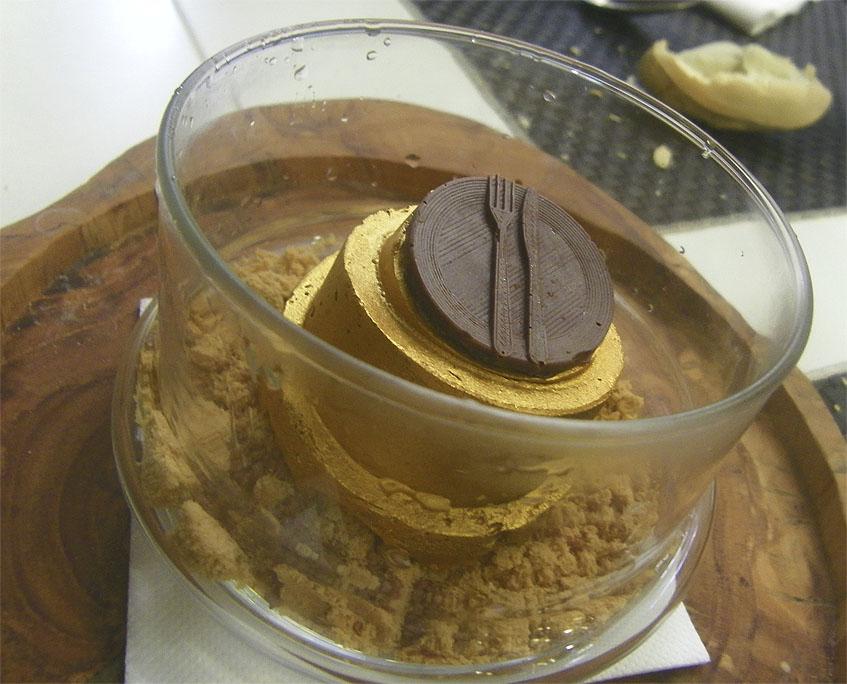 El postre de tres chocolates de Ropavieja. Foto: Cosasdecome