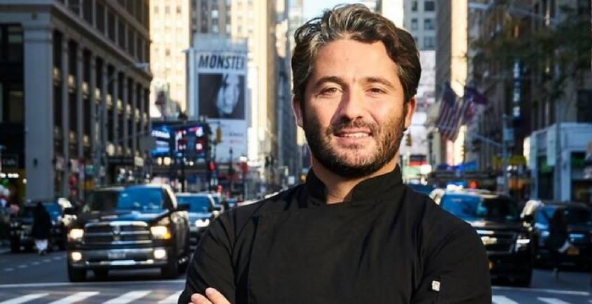 """Vuelven los """"4 manos"""" al Alabardero, con el sevillano que está triunfando en Nueva York con sus hamburguesas"""