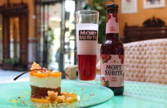 Carrot Cake maridada con Mort Subite, la cerveza con sabor a cereza. Foto: Cosas de Comé
