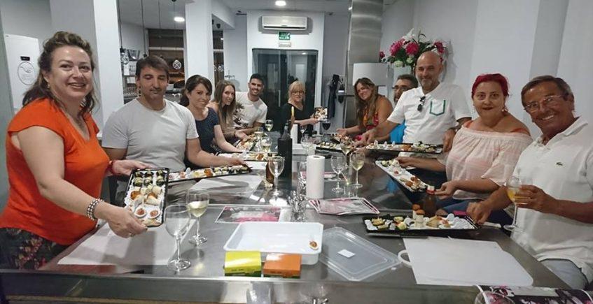 Taller de aperitivos creativos en Degusta con Gusto