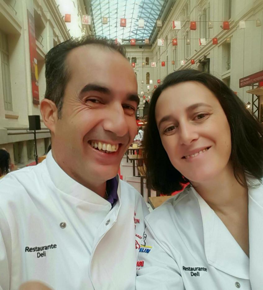 Los cocineros David Ortiz y María Eugenia Romero del restaurante Deli. Foto: Cedida por el establecimiento.