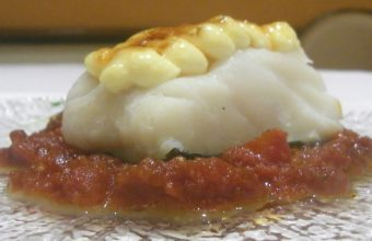 El bacalao con tomate de Manolo Mayo. Foto: Cosasdecome