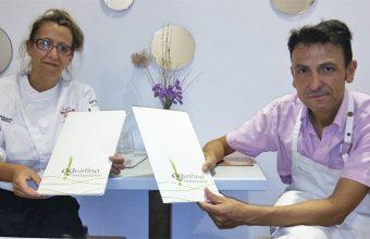 Seneida Medina y Raúl Alvear en el restaurante Agustina. Foto: Cosasdecome