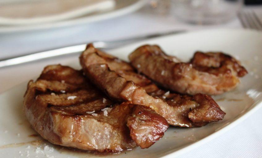 Presa de cerdo gallego criado con castañas. Foto: Cosas de Comé