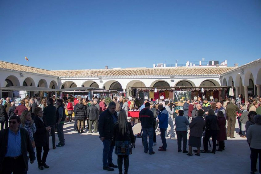 Inauguración plaza. Foto cedida por el Ayuntamiento de Estepa.