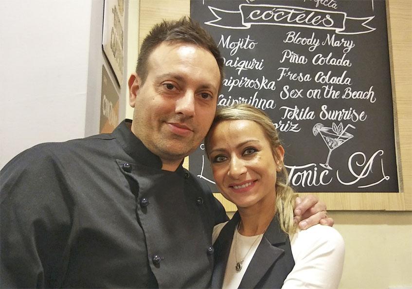 Alessandro Garzone y Diana Piron, la pareja italiana que gestiiona el establecimiento. Foto: Cosasdecome
