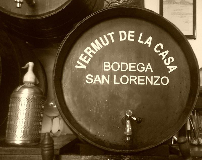 El vermut, uno de los reclamos históricos de la bodega. Foto cedida por el establecimiento.