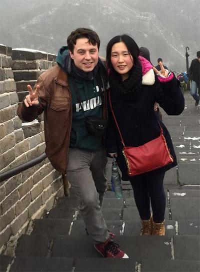 Alberto Gómez y Xiaoran Han en un viaje que hicieron a China. Foto: Cedida por Cocomá.