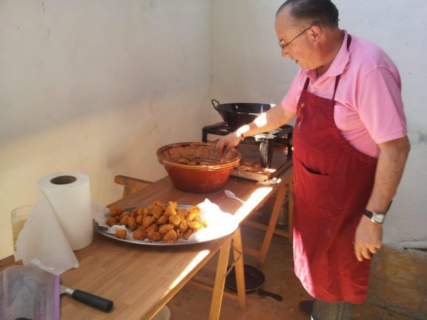 Preparación de la Tarbiná de la asociación Salmedina. Foto cedida por la asociación.