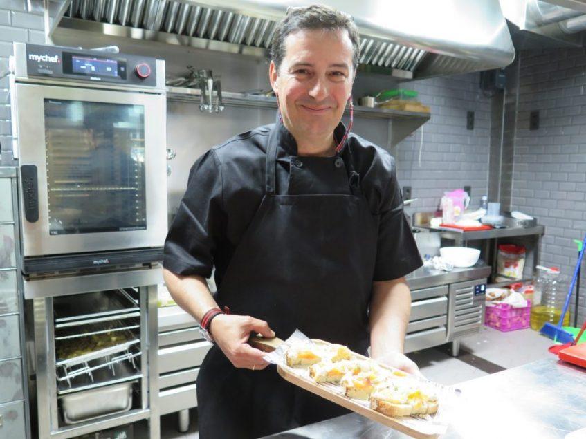 José María Hernández, jefe de cocina y gerente de Vida Loca. Foto: CosasDeComé