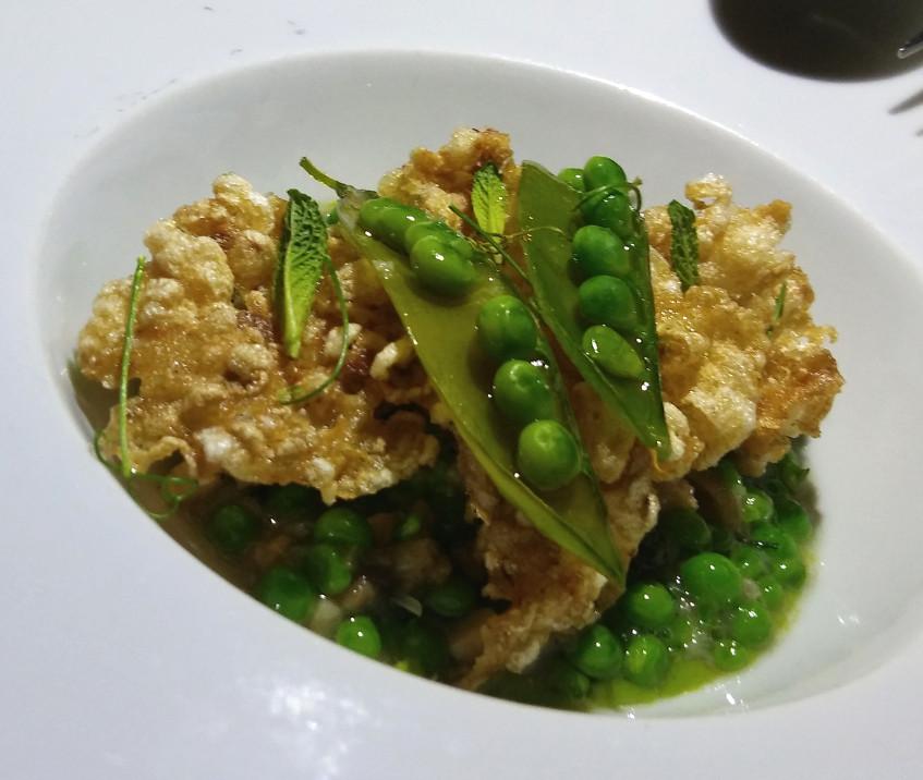 El plato de guisantes de Sobretablas. Foto: Cosasdecome