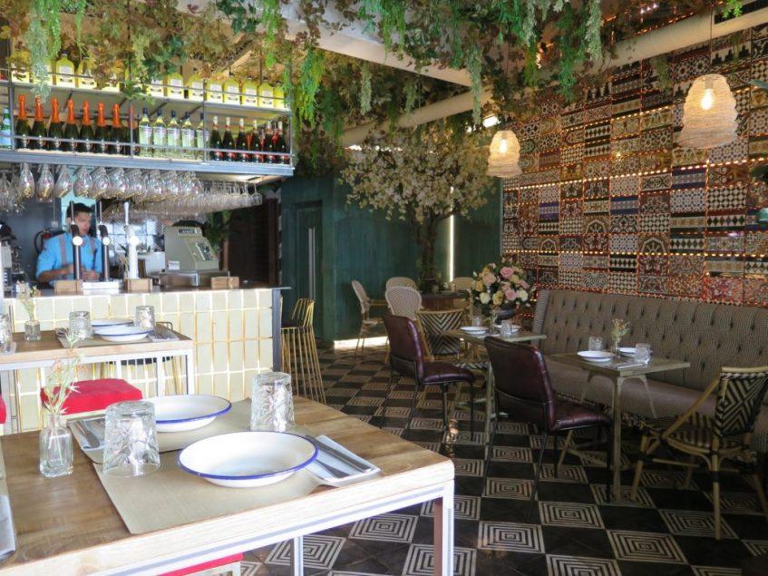 Planta baja de acceso al nuevo restaurante. Foto: CosasDeComé.