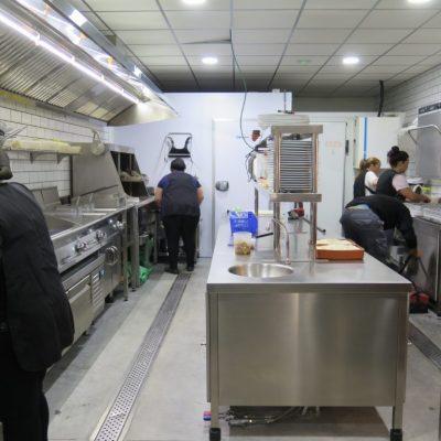 Las instalaciones de la cocina también se han visto mejoradas. Foto: CosasDeComé.
