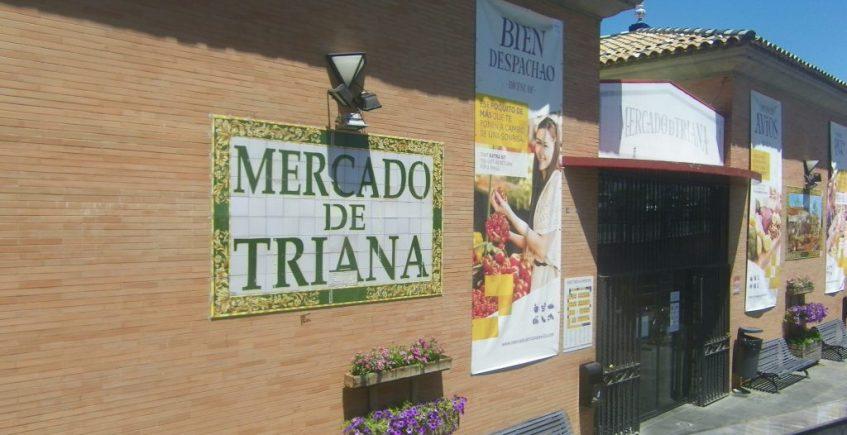 El mercado de Triana publica un listado de sus establecimientos con reparto a domicilio