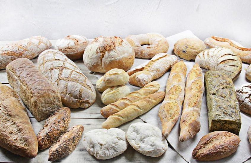 Oferta de panes de Crustum en la que el llamado 'gallego' es el más demandado. Foto cedida por el establecimiento.