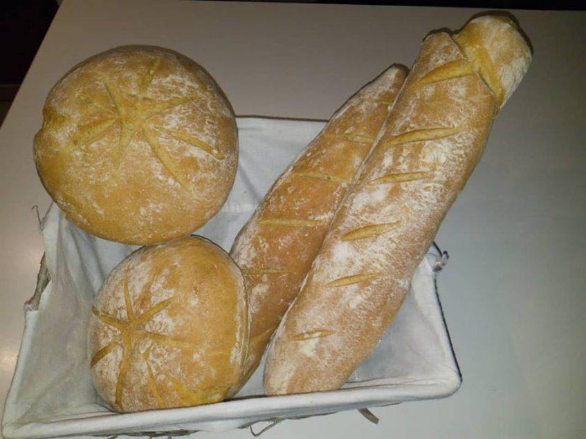 Pan de aceite de oliva virgen extra que elabora esporádicamente el chef Jorge Manfredi de DMercao. Foto cedida por el establecimiento.