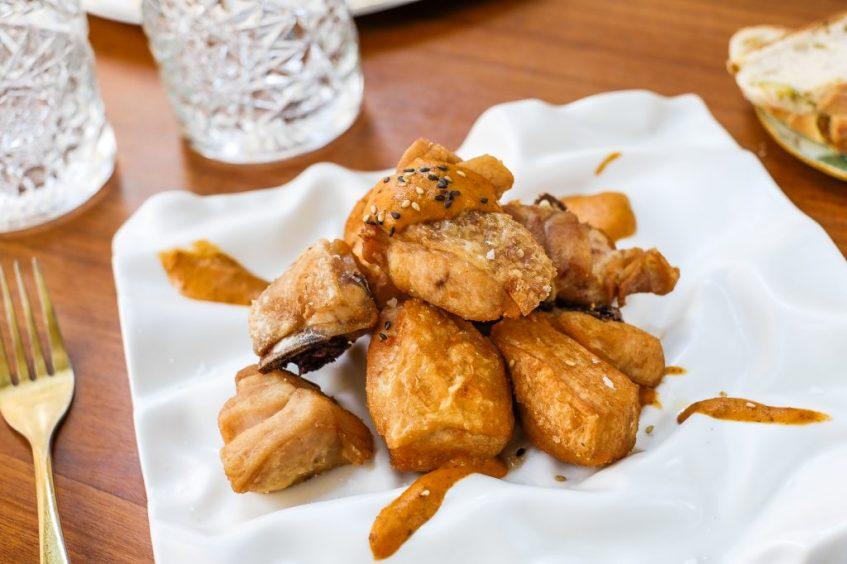 El famoso pollo de los Corales. Foto: CosasDeComé.