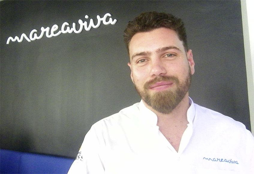 Escander Charry en su establecimiento Mareaviva. Foto: Cosasdecome