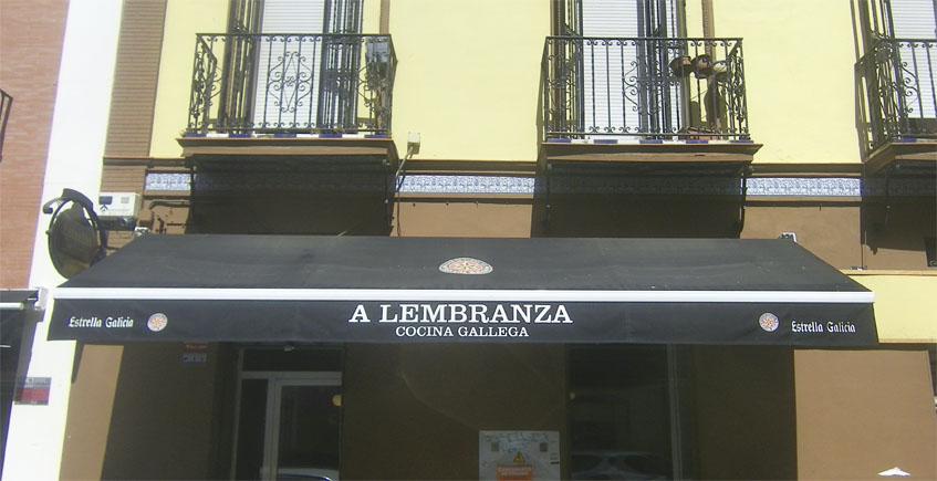 Imagen exterior de A Lembranza. Foto: Cosasdecome