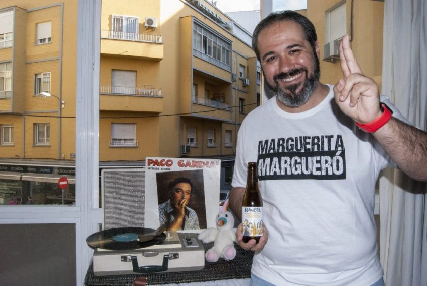 El periodista Ilde Cortés es el encargado de la gestión de las redes sociales del proyecto. Foto cedida por el equipo de Rancia.