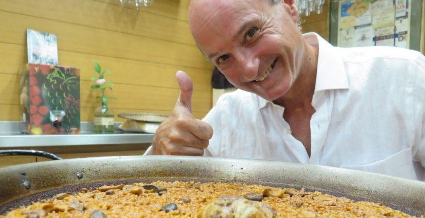 Carlos Otaola, el 'hombre arroz'