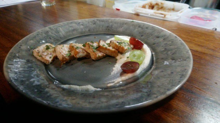 Tapa de el pez espada con ajoblanco almeriense. Foto cedida por el establecimiento.