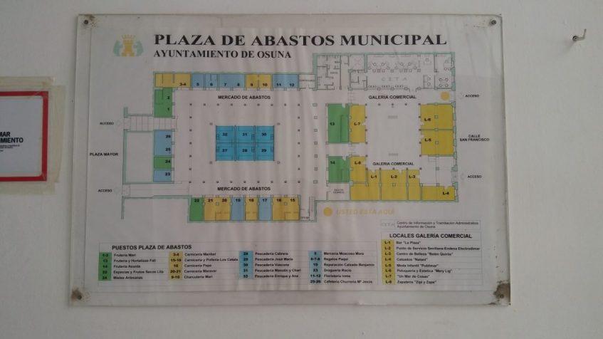 Disposición de los puestos en el patio y galería del mercado de abastos. Foto: CosasDeComé.