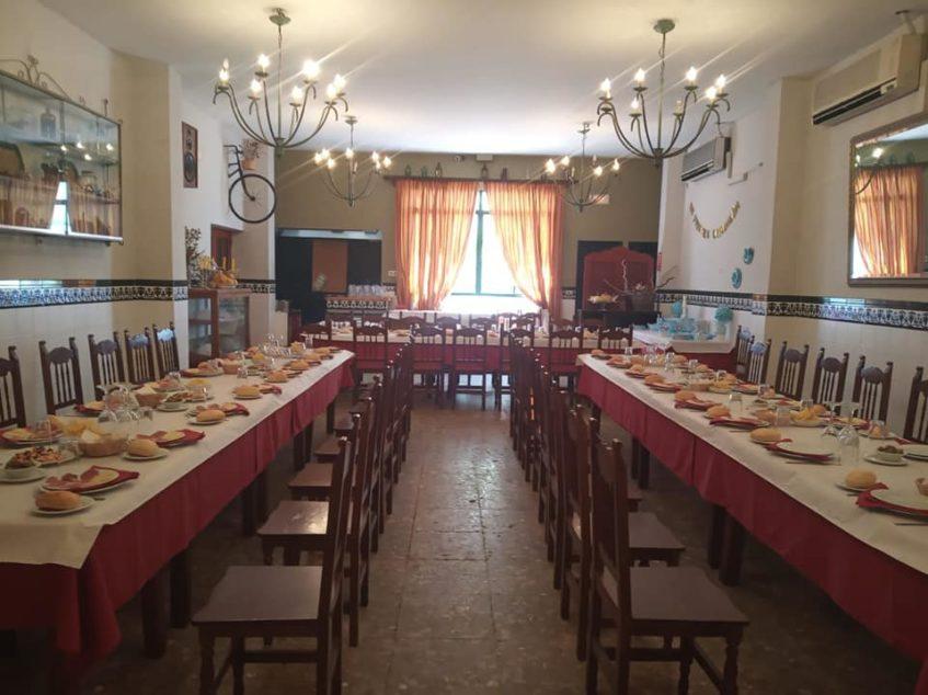 Sabor tradicional y cocina casera en Las Palmeras. Foto cedida por el establecimiento