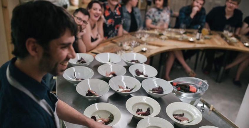 ConTenedor organiza su primera cena temática con vegetales insólitos de producción propia