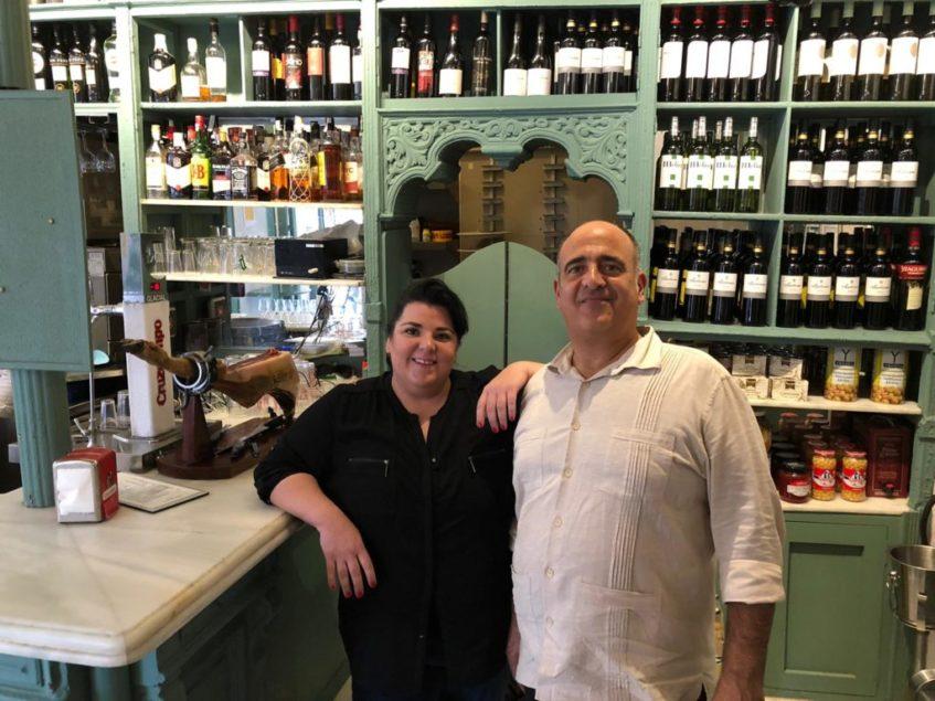 Marta Molina y Daniel del Pozo, responsables de la nueva etapa de EntreCárceles con el Grupo La Raza. Foto: CosasDeComé