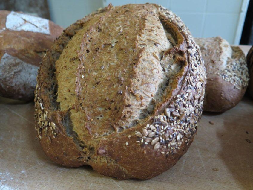 El pan de cereales de la panadería Cordón ha conquistado desde hace tres años a muchos fontaniegos. Foto: CosasDeComé.